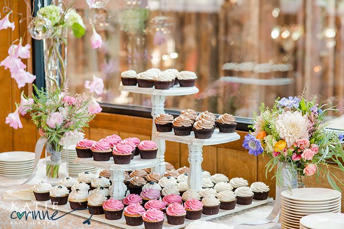 cupcake stand for wedding day, creative display for wedding cupcakes,  Spruce Mountain dessert for guests, Albert's Lodge reception at Spruce Mountain Ranch, katie corinne wedding photography, palmer lake wedding photographer, colorado springs wedding photographer, castle rock wedding photographer, denver wedding photographer